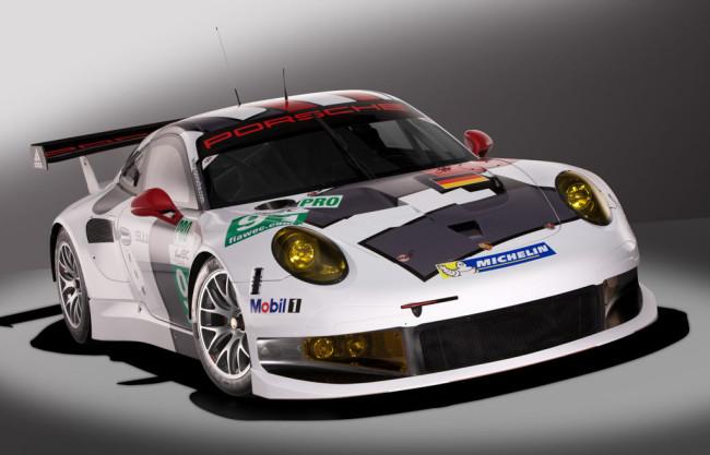 Porsche-911-RSR_1