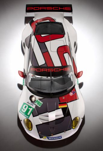 Porsche-911-RSR_3