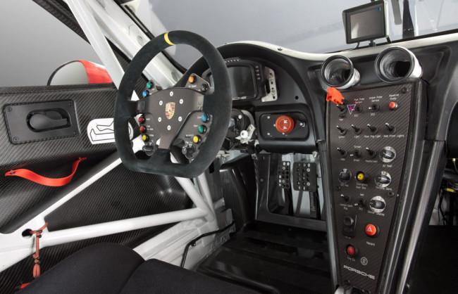 Porsche-911-RSR_6