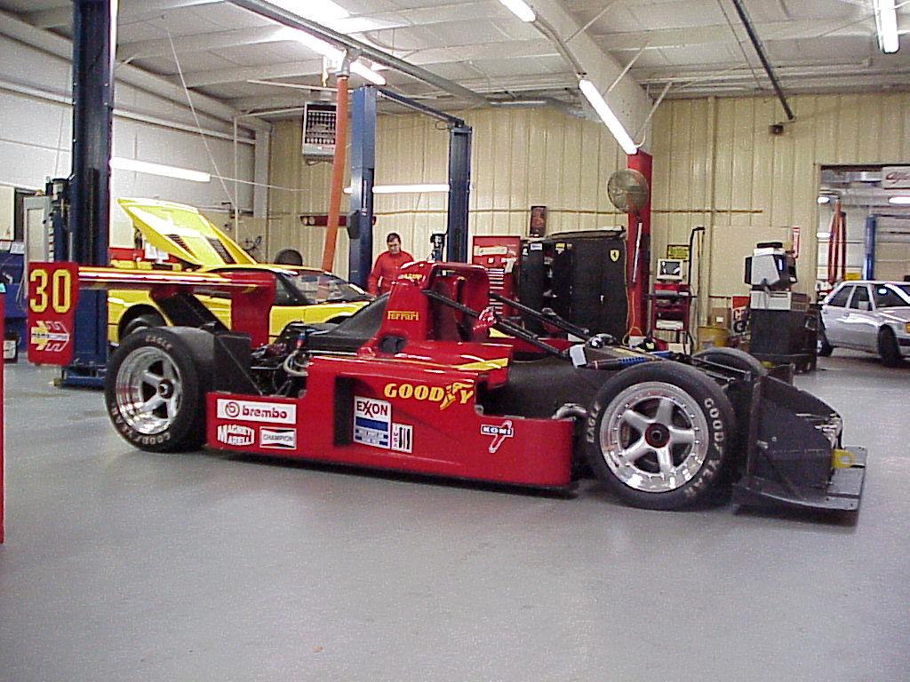 Ferrari 333 SP aperta