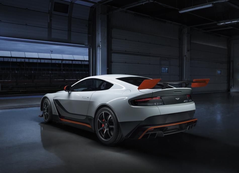 Aston_Martin-Vantage_GT3_Special_Edition_2015_03