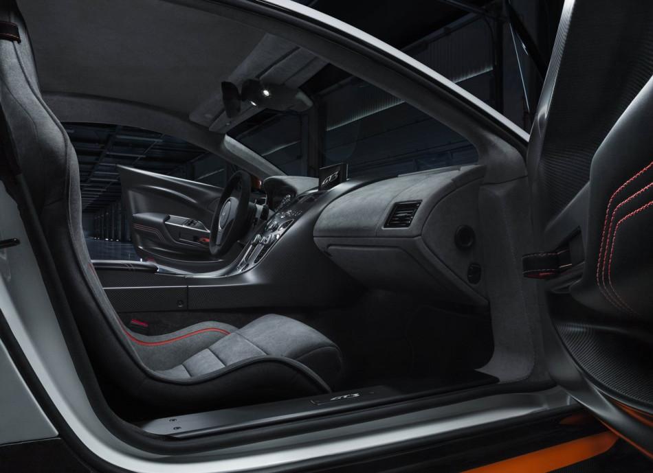 Aston_Martin-Vantage_GT3_Special_Edition_2015_06