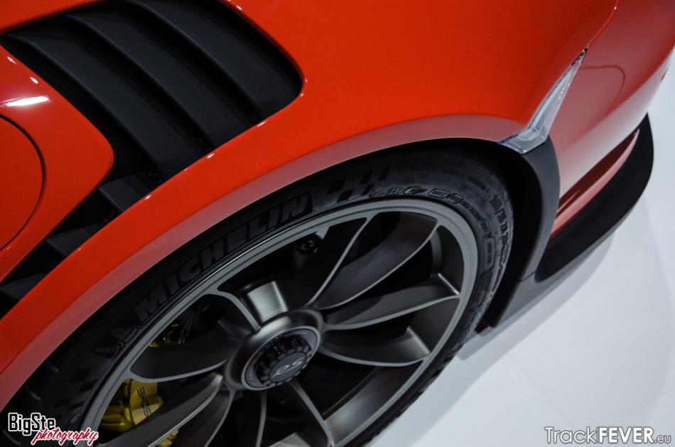 Salone di Ginevra-Porsche 911 GT3 RS 2015 4