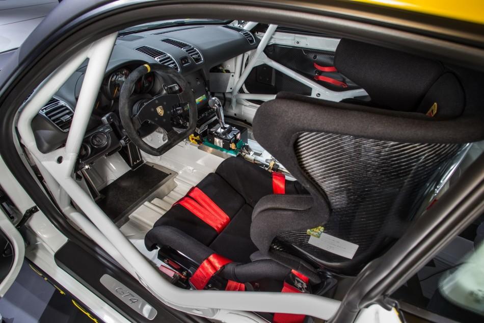 Cayman-GT4-Clubsport-LA-Autoshow-2015-interior