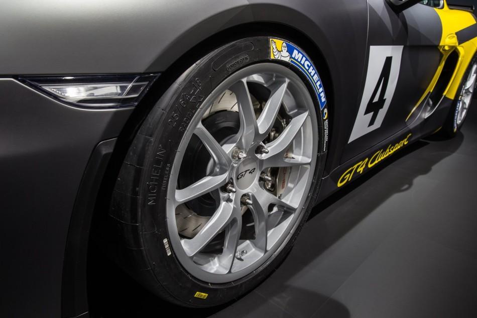 Cayman-GT4-Clubsport-LA-Autoshow-2015-wheel