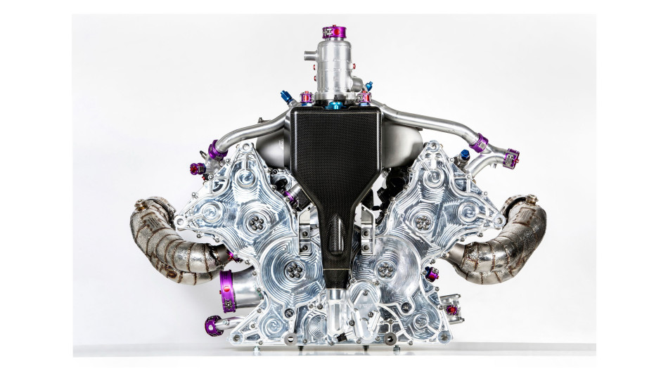 v4_engine_porsche_919_hybrid_2015_porsche_2